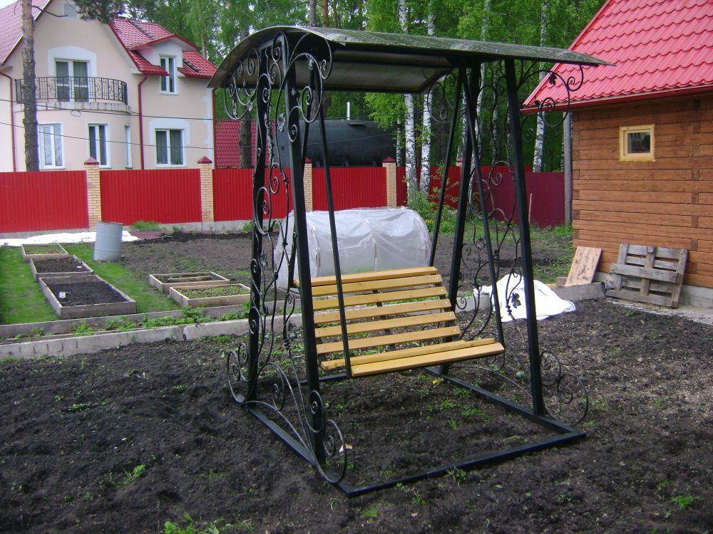 Садовые качели из металла - варианты и изготовление…